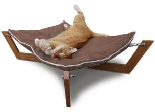 The Bambú Hammock's combination of clean lines, unique sleeping surface and rich ecofriendly materials make it Pet Lounge Studios most sought after design.