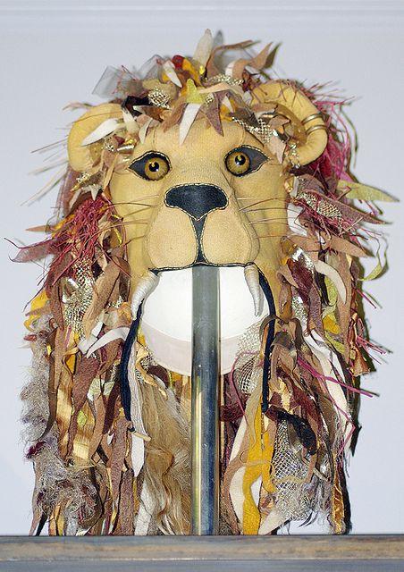 luna lovegood lion hat - Google zoeken                                                                                                                                                                                 More