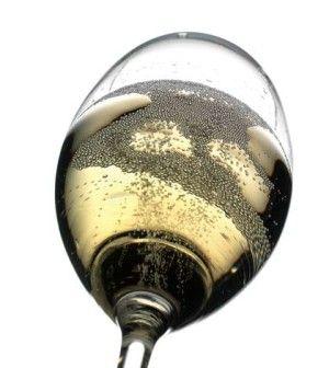 Apertura e servizio di una bottiglia di spumante