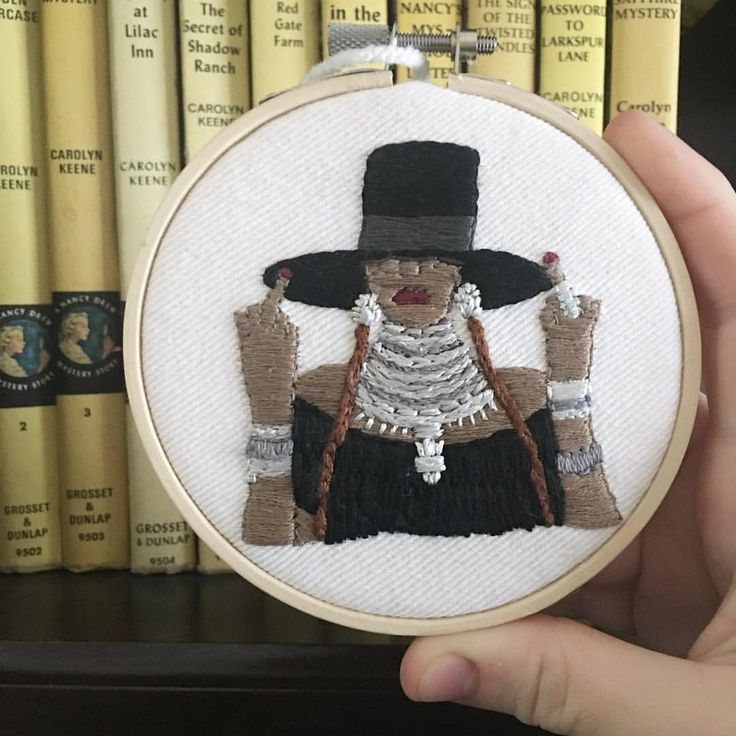 """""""Beyonce is headed out for Christmas! A bit sad to see this piece go, she turned out so well!!! #etsy #embroidery #handembroidery #hoopart #craftsposure #fiberart #creativelifehappylife #creativelife #handmade #beyonce #formation..."""
