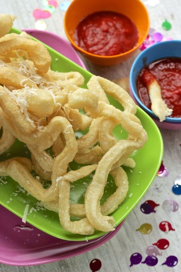 Spaghetti fritti con salsa al pomodoro - Natalia Cattelani
