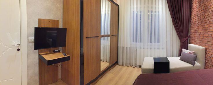 #modern yatak odası #şık #özel tasarım #genç odası #ferah #rahat #uzanma koltuğu #aynalı soyunma dolabı