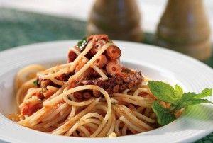 Stuffat tal-Qarnit - Octopus stew. #malta