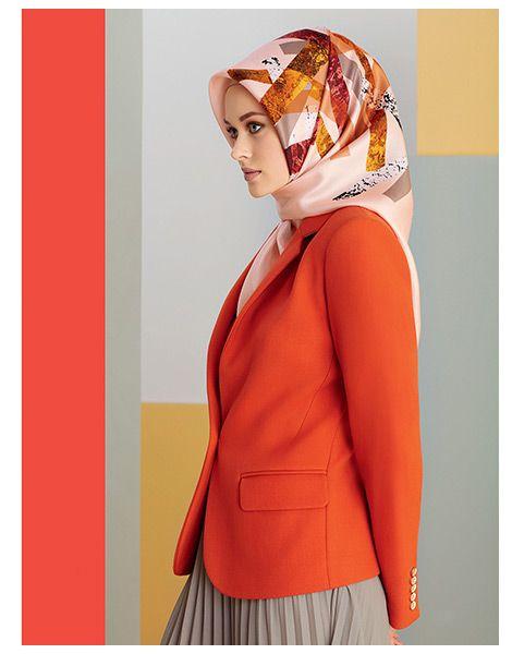 Sonbahar'da karalar bağlamakta neymiş? Armine Giyim 2017 Sonbahar-Kış tesettür giyim tasarımları yazın canlı renkleri ile sizi dinç kılacaktır. http://www.yesiltopuklar.com/armine-2016-2017-sonbahar-kis-koleksiyonu.html adresinden tüm modelleri inceleyebilirsiniz. Armine Giyim ile ilgili aradığınız her şey http://www.yesiltopuklar.com/etiketler/armine-giyim adresinde...