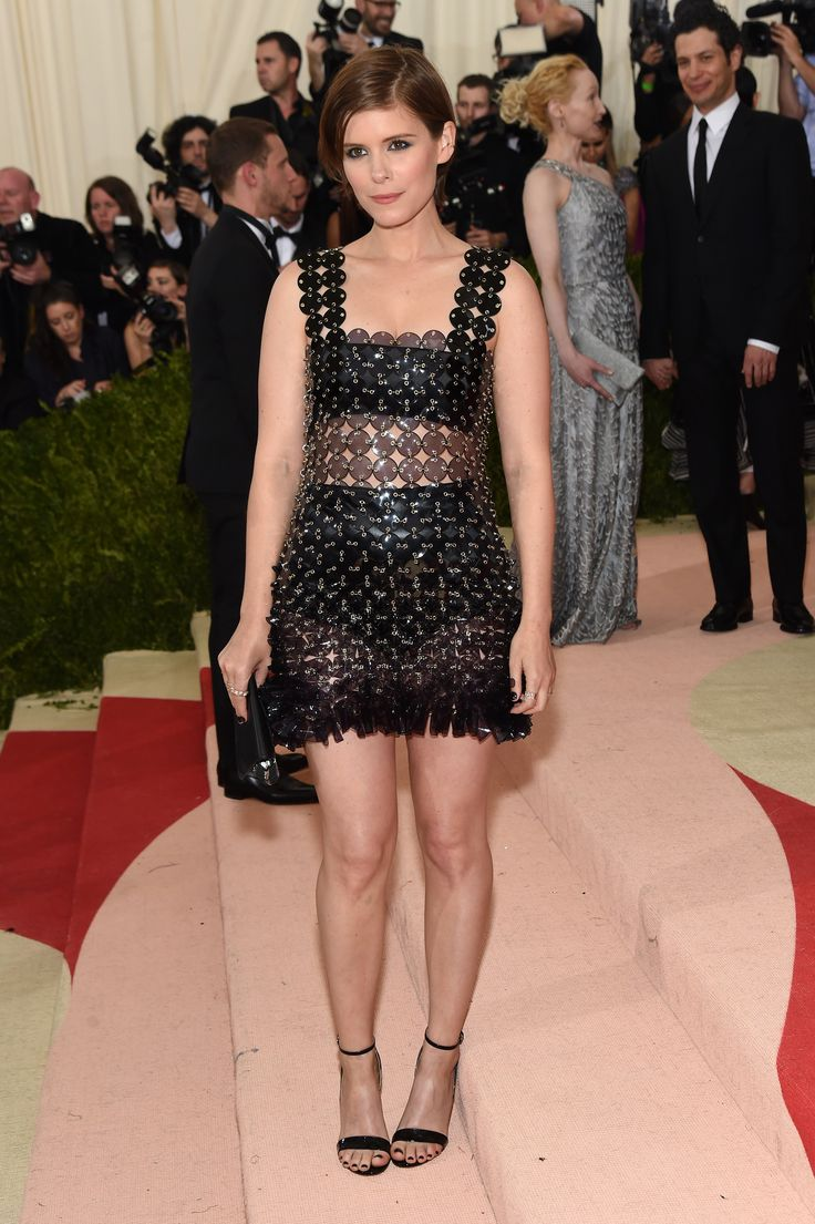 Kate Mara attends 'Manus x Machina: Fashion in an Age of Technology', the 2016 Costume Institute Gala at the Metropolitan Museum of Art on May 02, 2016 in New York, New York.