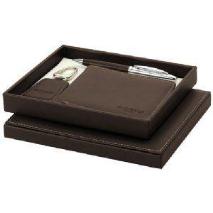 Cadeauset bruin - 19982150  Cadeauset. Exclusief design met leer omhulde balpen, kunstlederen Sleutelhanger en portefeuille, alle met een kleu...