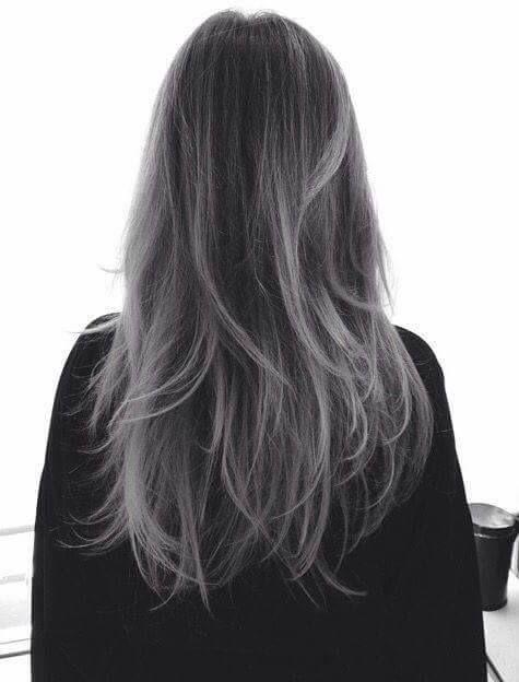 28 propuestas de mechas balayage platinadas, mechas balayage, mechas platinadas, balayage platinado en cabello oscuro, balayage platinado en morenas, balayage blanco pelo corto, balayage gris paso a paso, balayage gris en cabello oscuro, mechas gris, balayage ceniza, balayage gris pelo corto, mechas balayage platinadas, silvery balayage wicks, gray balayage #mechasplateadas #cabellogris