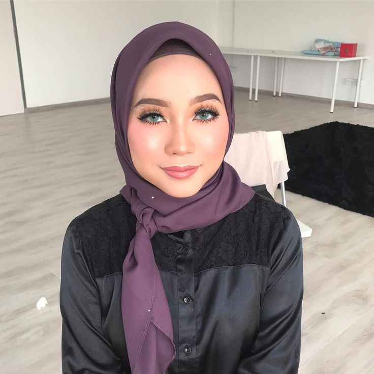 ENGKUAIDA makeup by yours truly. ;) subtle cut crease makeup for monolids! #malaywedding #malayweddingguide #pengantin #kahwin #nikah #sanding #tunang #makeupartist #makeupartists #makeupartistmalaysia #muamalaysia #makeupartistkl #makeupartistselangor #muakl #muaselangor #bridalmakeup #bridalsession #bridal #makeup #makeups #love #makeuplover