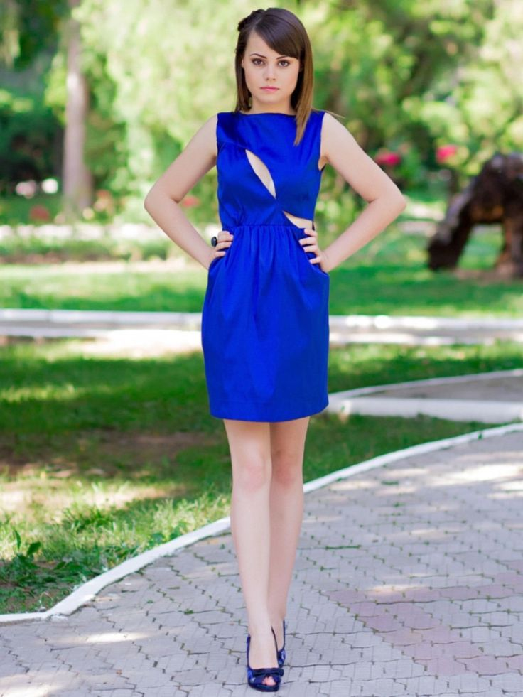 Royal blue dress, còctel dress, Wedding Party dress, Short prom dress, Sexy sheath woman Gown's for Holiday, Royal blue bridesmaid dress by EstelaRosso on Etsy https://www.etsy.com/listing/214254009/royal-blue-dress-coctel-dress-wedding