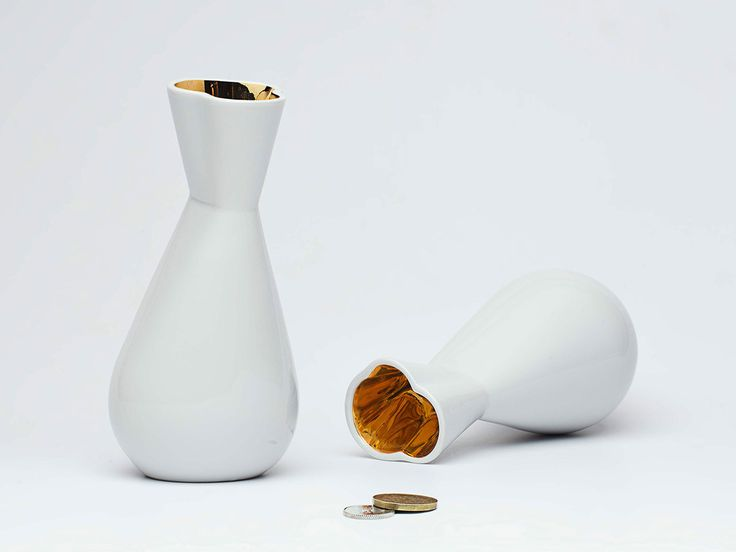 Handmade porcelain and glassware by TABLO  See more: http://mindsparklemag.com/design/tablo-glassware-porcelain/  More news: Like @Mindsparkle