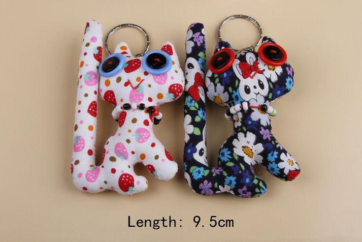 Drop Shipping   New Hot  funny DIY Cloth Button Doll Keychain Color Random