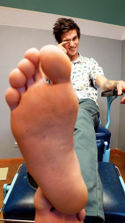 Pin On Duane Male FeetFeetLegsMen By KcF3TJl1