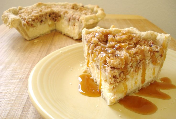Apple Cheesecake Crumb Pie for two...great blog with recipes cut down for two people. Finally!