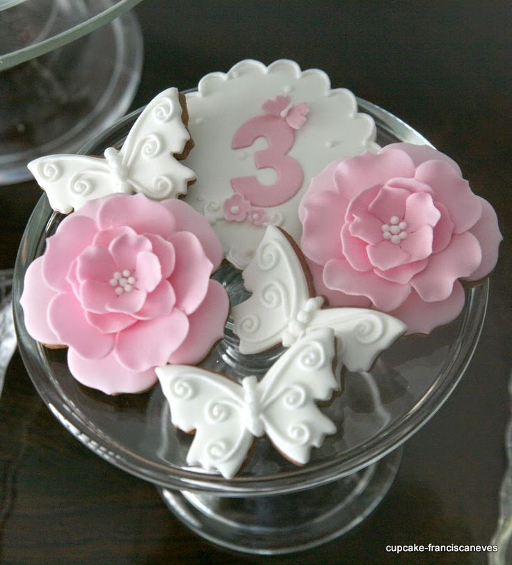 sugar  butterflies and flowers cookies
