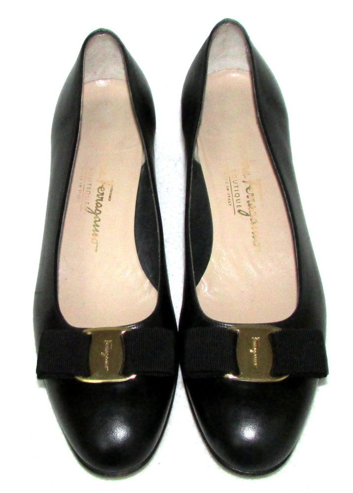 SALVATORE FERRAGAMO BLACK VARA LILLAZ Bow Pumps Heels 7.5 C #SalvatoreFerragamo #PumpsClassics