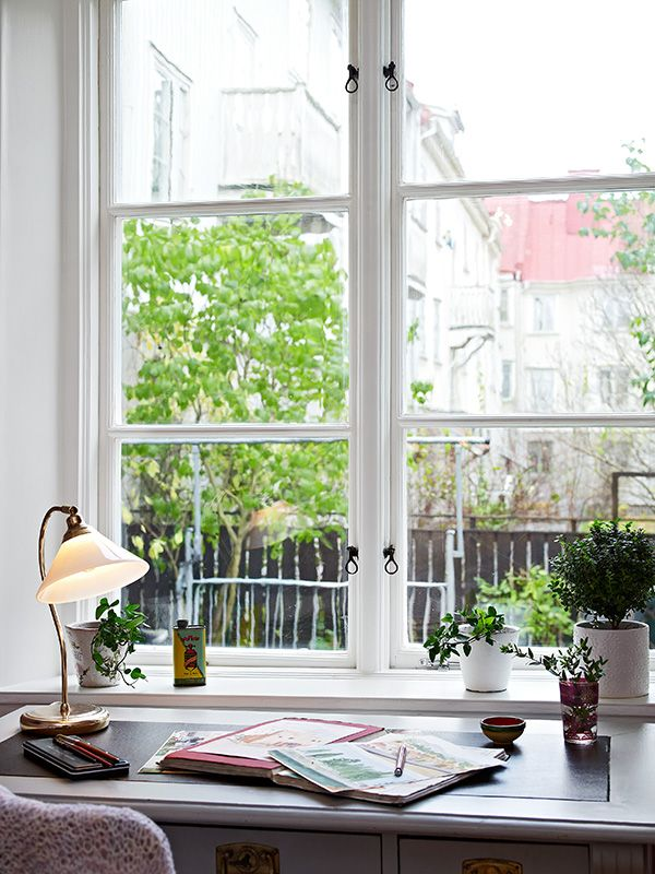 17 Best images about Window Sills. Useful And Pretty on ...