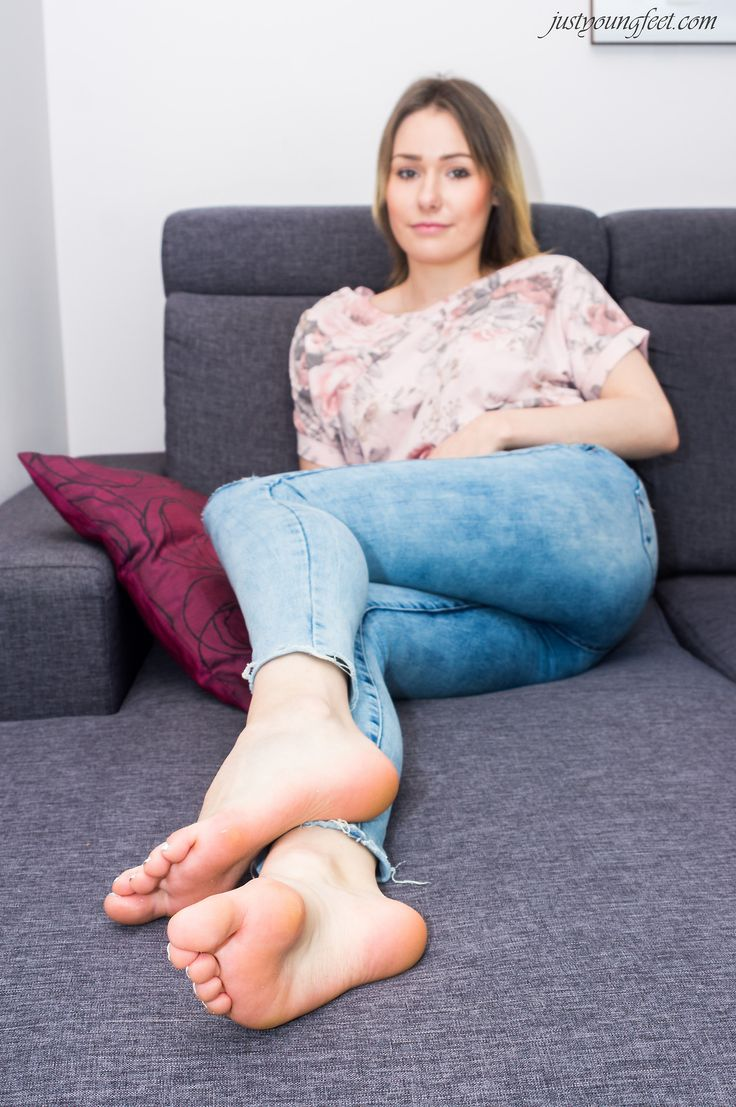 bare foot picture sexy