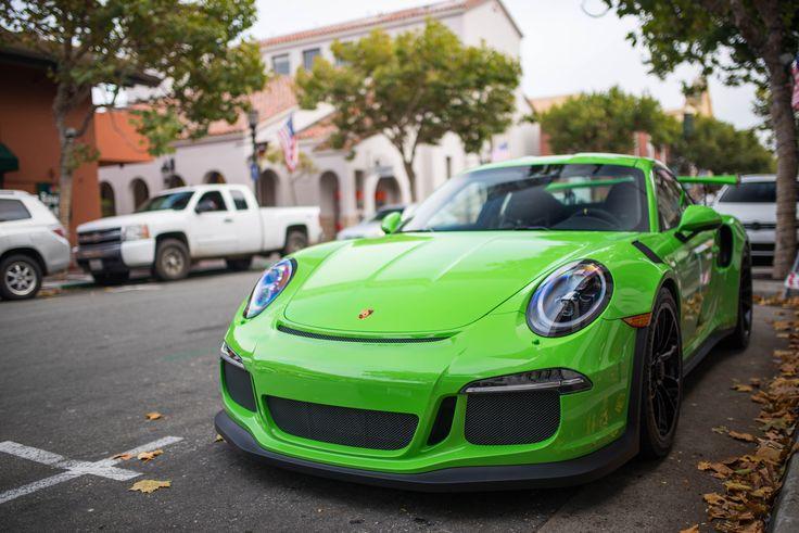 Gelbgrün Porsche 911 GT3RS [OC][6016x4016] - see http://www.classybro.com/ for more!