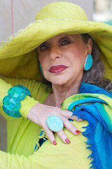 Взрослые женщины в моде..... | Мамам, женщинам, бабушкам и очень любознательным.