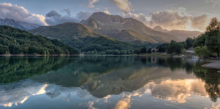 Lago di Gramolazzo Lucca Italy by Gionata Tammaro on 500px
