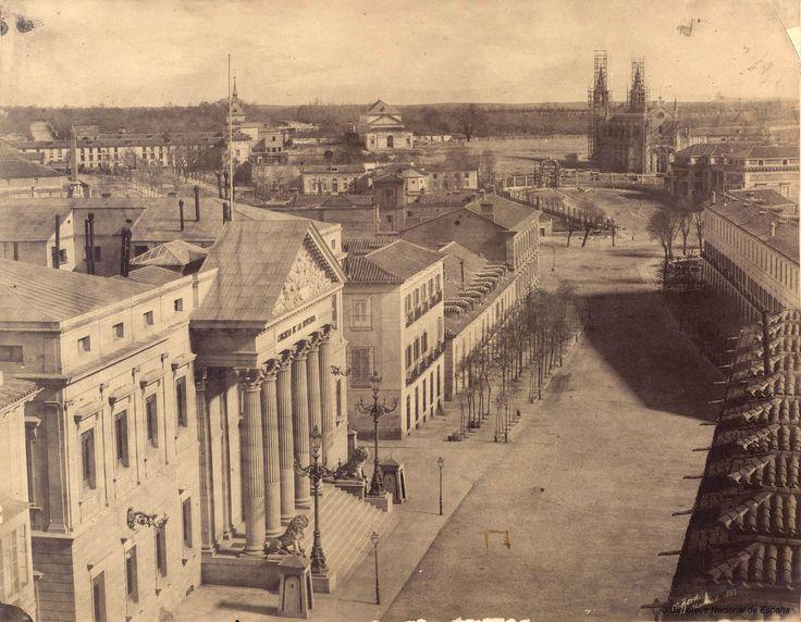 El Congreso de los Diputados y la Carrera de San Jerónimo. Calotipo, 1853  Ch.Clifford. Biblioteca Nacional (Madrid)