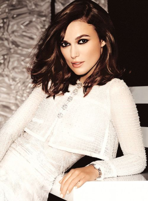 25 best ideas about keira knightley hair on pinterest keira knightley thick wavy haircuts. Black Bedroom Furniture Sets. Home Design Ideas