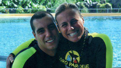 On December 24, 2009, a 6,600-pound orca killed trainer Alexis Martínez at a marine park in the Canary Islands. Two months later, trainer Dawn Brancheau was killed by an orca at SeaWorld Orlando. With the OSHA trial on trainer safety at SeaWorld Orlando starting September 19, Tim Zimmermann asks: Should Martínez's death have served as a warning about the lethal potential of killer whales being trained for our entertainment?