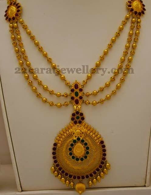 Jewellery Designs: Triple Layered Gold Balls Set