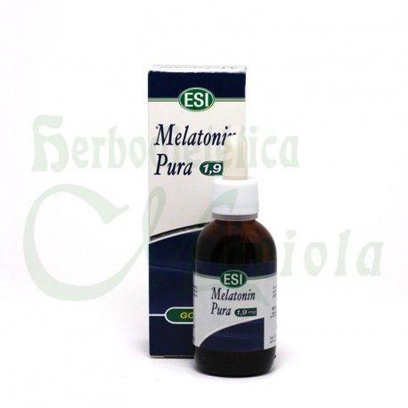 Esi, Melatonin Pura 1,9 mg Gotas, un complemento alimenticio a base de Melatonina. La Melatonina contribuye a aliviar la sensación subjetiva de desfase horario.