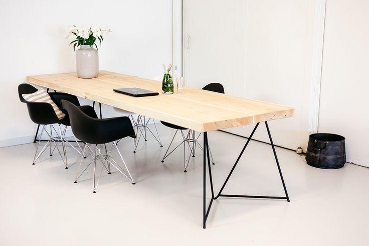 tafelopmaat.nu tafel eigenzinnig #industrieel #stoer # hippe tafel #scandinavisch