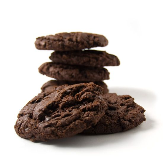 There are for those who like chocolate, those who love it, and those who can't get enough of it. Chocolate lovers, meet the Double Chocolate Cookie. With nutritious ingredients like Organic Spelt Flour and Organic Tofu, you don't have to feel guilty about eating more than one. Because we know you'll want to. Try it with: A hot cup of organic peppermint tea. #vegan