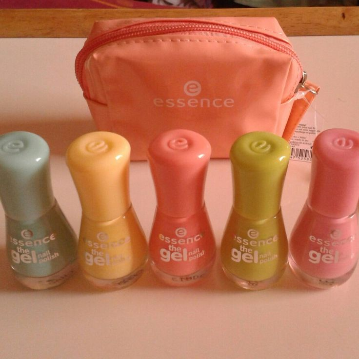 Essence the Gel nail polishes