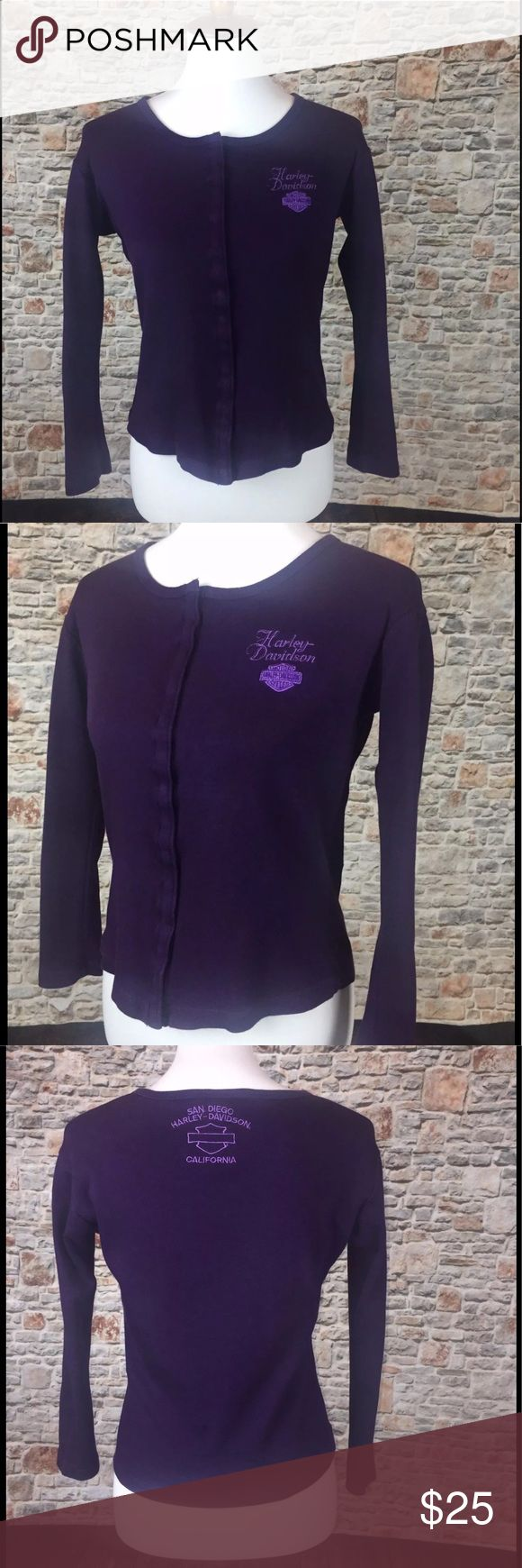 RARE Harley Davidson Vintage Women's Snap Top Sz S RARE Harley Davidson Vintage Women's Snap Down Riding Purple Top Sz S Length 20, Chest 16. Roll Down the Highway! Classic Vintage Biker Snap Top for the biker or Harley Lover from San Diego Harley. BORN TO BE WILD! Harley-Davidson Tops Tees - Long Sleeve