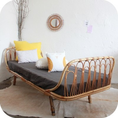 Lit rotin daybed