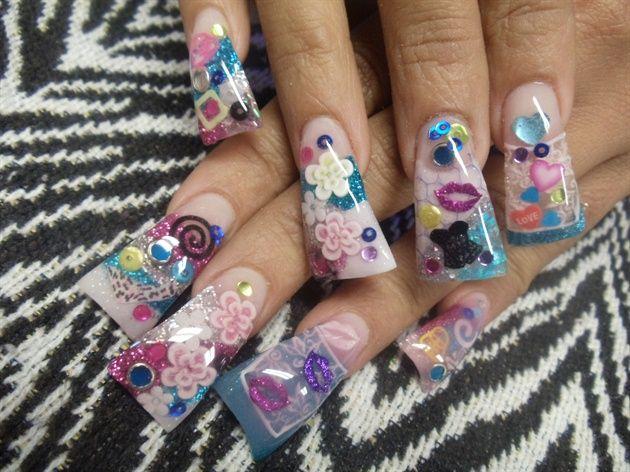 Duck feet acrylic nails nailart @Sarah Chintomby Hill Beauty Care