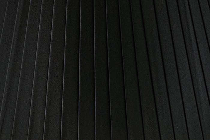 Black Pleat