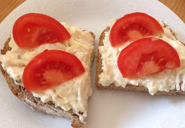 Burgonyás szendvicskrém http://penzugyiterkep.hu/konyhapenz/burgonyas-szendvicskrem-olcso/