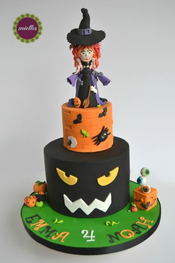 halloween birthday cake by miettes - Halloween Decorated Cakes