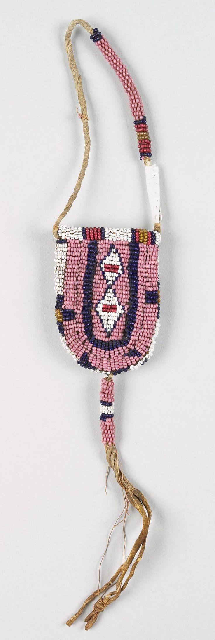 Сумочка Сиу, 19 век. Принадлежала Сидящему  Быку (?)