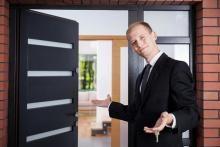 LONGKAMP: Viele Zimmer 9 Zimmer und viel Platz (ca. 180 qm) in Ortslage mit Terrasse & Stellplätze Haus kaufen
