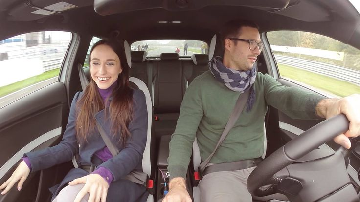 Viral video NEW SEAT CUPRA 280 - Uncommon test drive