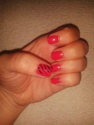 Pink tiger nails