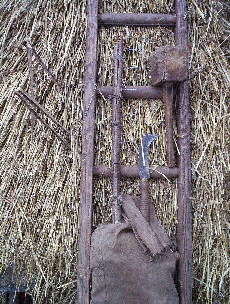 Thatcher's tools | My own thatching tools: Mallet, comb, spar-hook, ladder and knee-pad.
