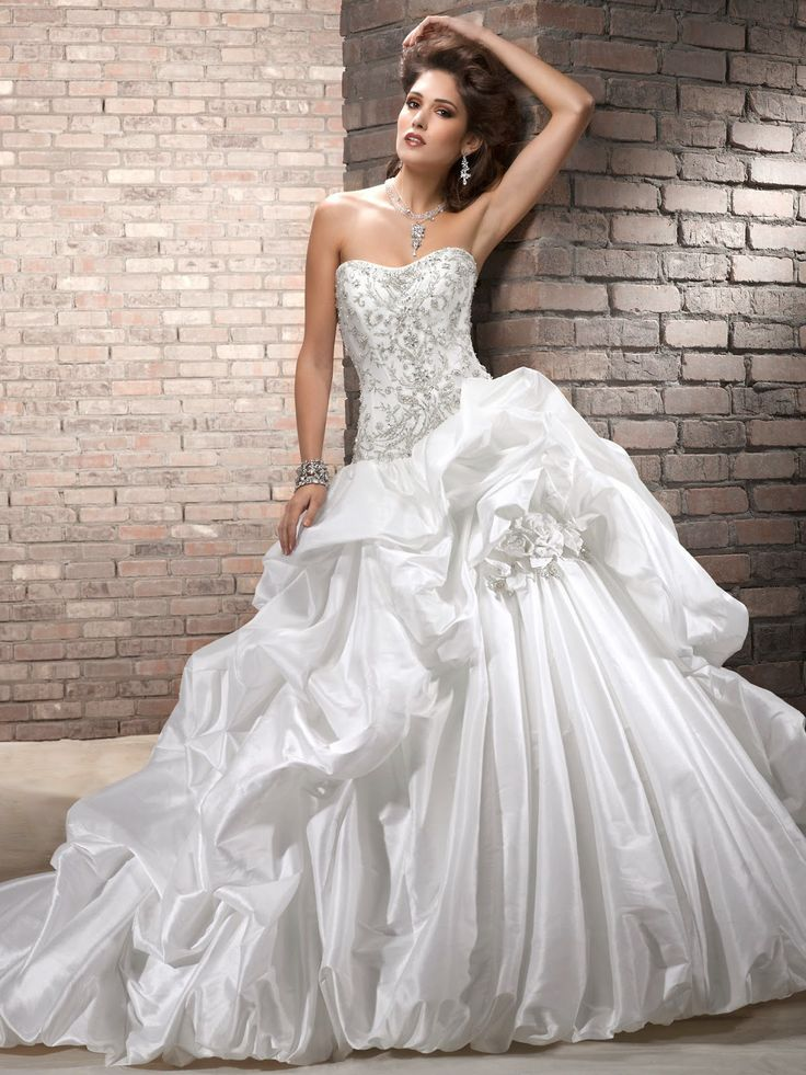 Wedding dress models - dress for wedding - Fashion and beauty blog