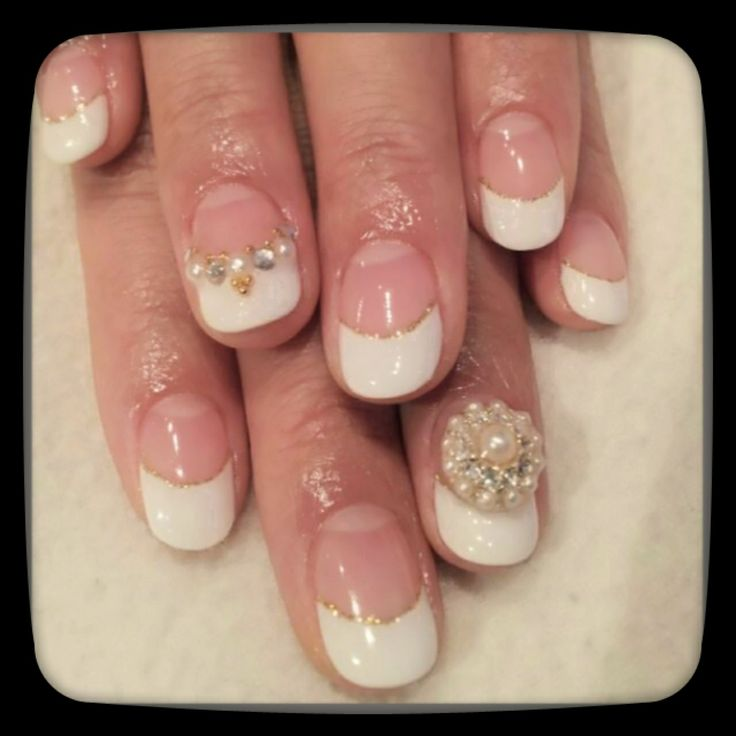 French nail by momi