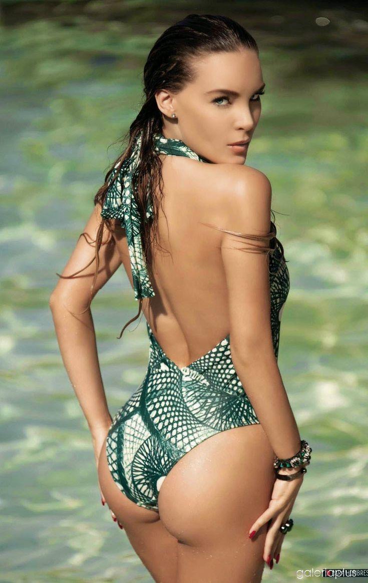 Cochinopop » La sensual sesión de fotos de Belinda en traje de baño te harán morir lento
