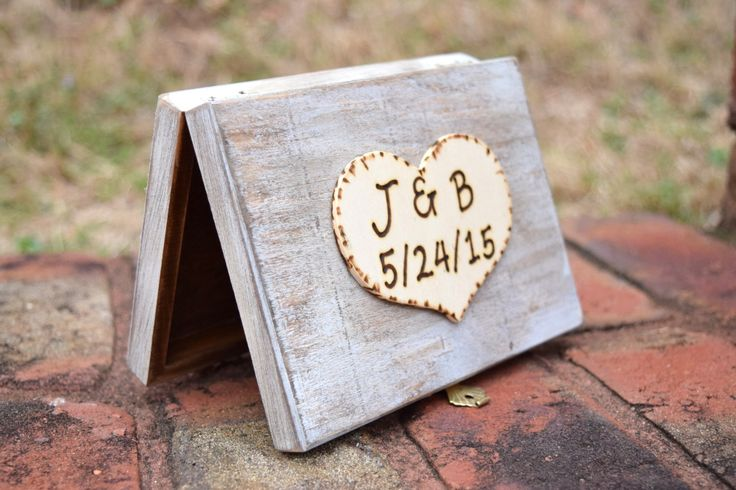 Rustic style Ring Bearer Box, an alternative to a Ring Bearer Pillow. This box holds both his and hers rings in separate compartments. This is an adorable way to present your rings. Makes for awesome