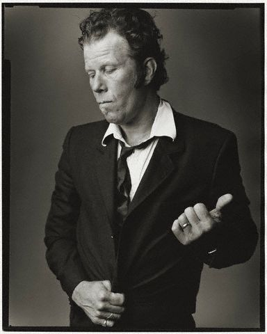 Tom Waits. Show me the way ...