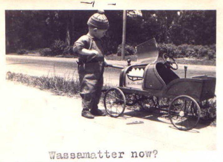 vintage pedal car (12).jpg
