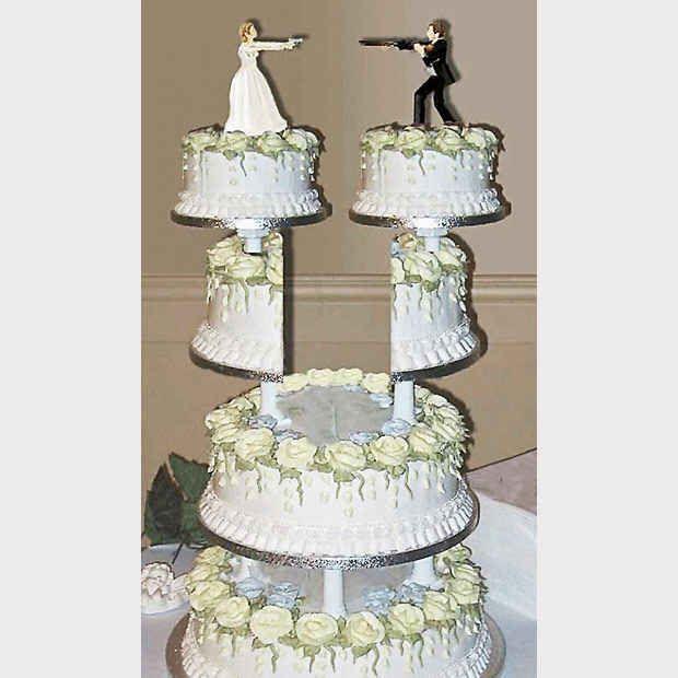 Empate! | 24 bolos de divórcio hilários que são até melhores do que bolos de casamento